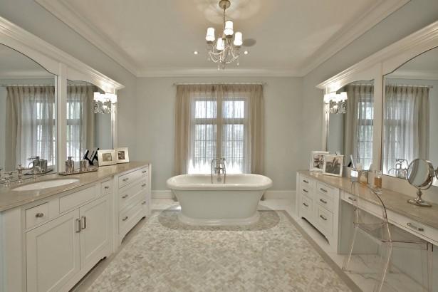 Luxurious-White-Marble-Bathroom-Decorating-Ideas-Furniture-Luxurious-Bathroom-Design-Chair-Soaking-Bathtub-White-Marble-Flooring-Brilliant-Good-Room-